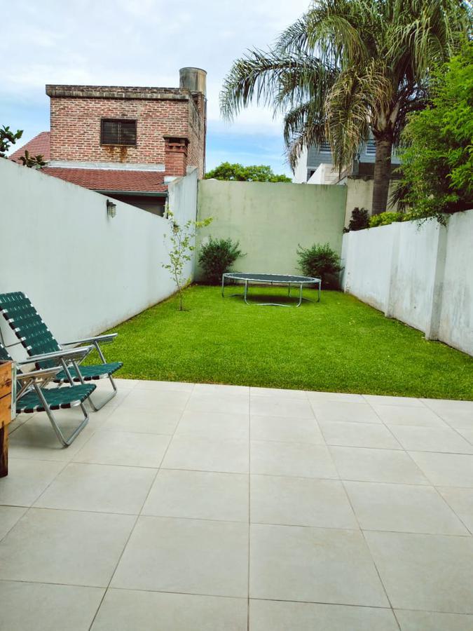 Foto Casa en Venta en  Villa Adelina,  San Isidro  Pedernera al 2000