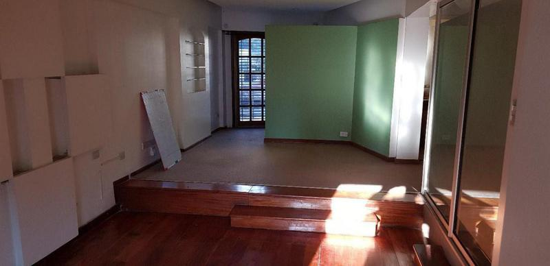 Foto Oficina en Alquiler en  Lomas de Zamora Oeste,  Lomas De Zamora  Italia al 200
