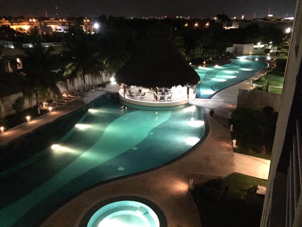 Foto Departamento en Renta en  Supermanzana 40,  Cancún  Departamento tipo PH Amueblado en Condominio Yikal