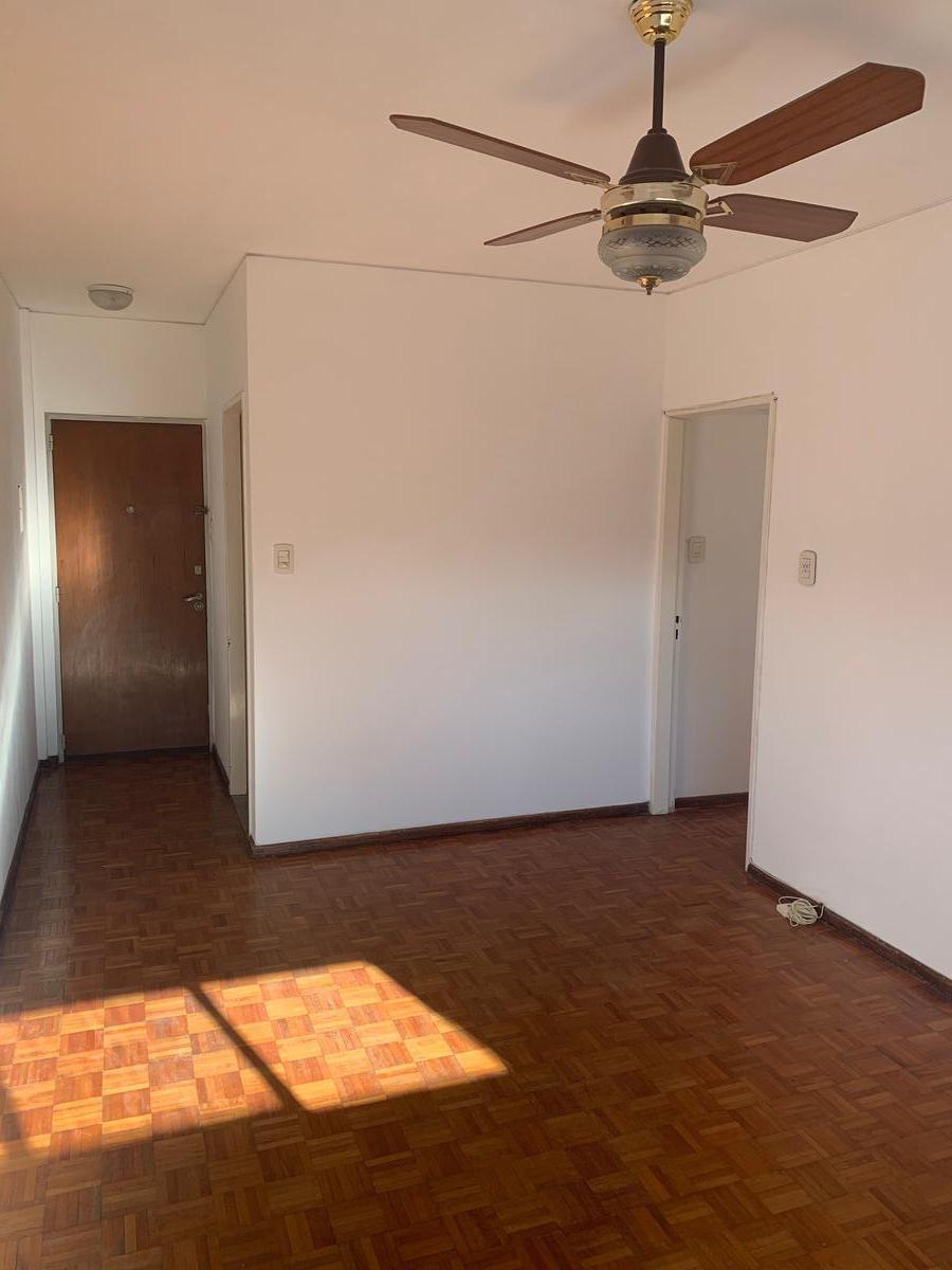 Foto Departamento en Alquiler en  Centro,  Rosario  Entre Rios 1224 9B