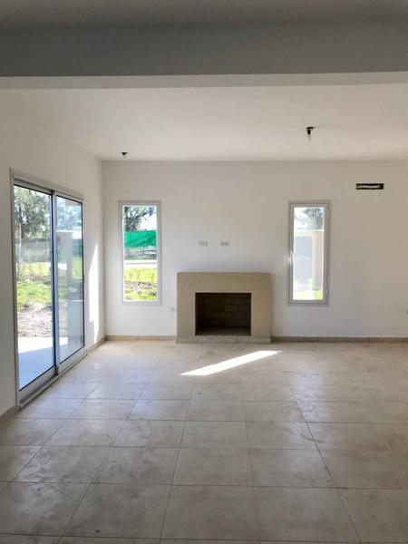 Foto Casa en Venta en  San Gabriel,  Villanueva  Av. Italia al 4500