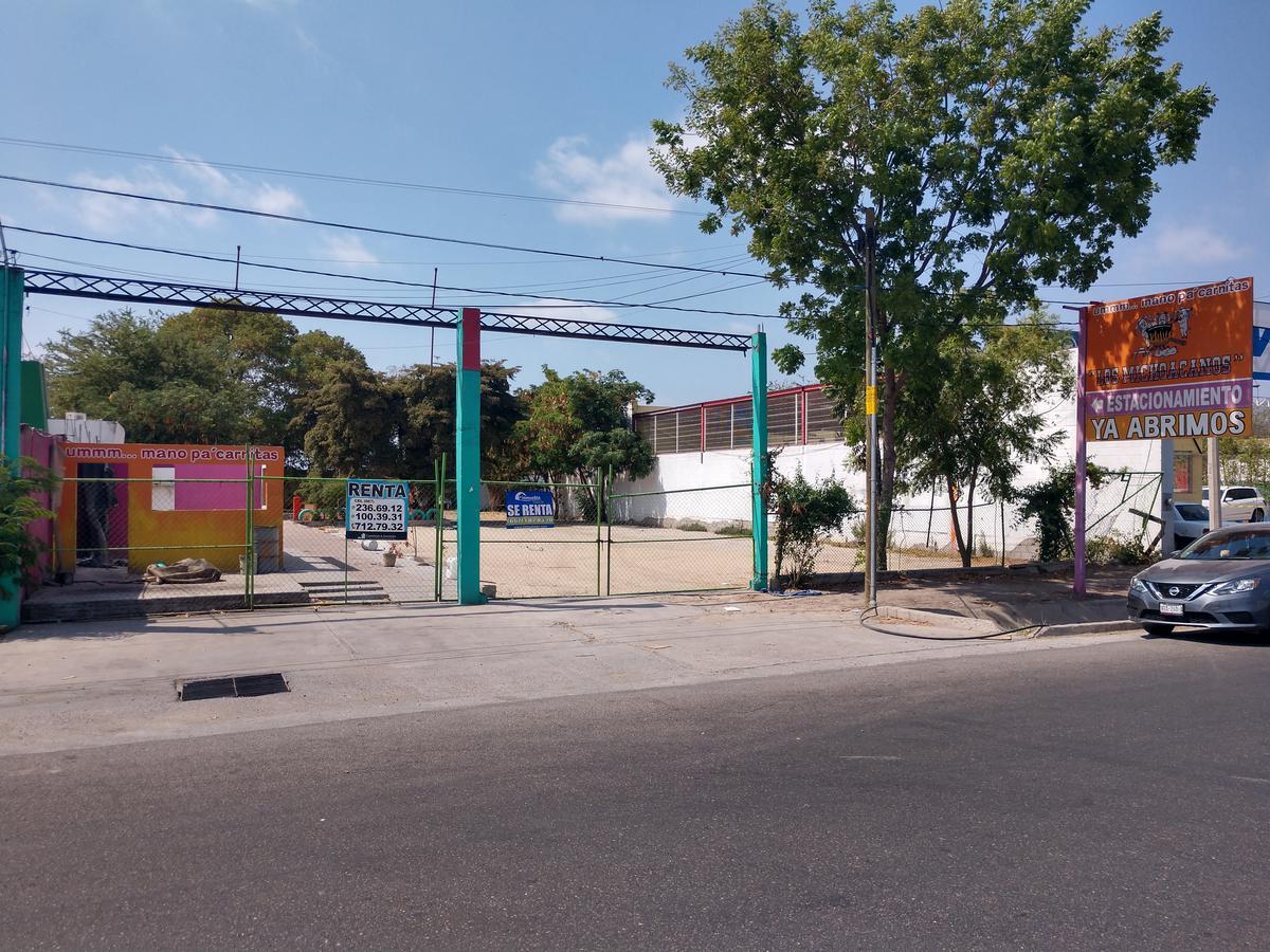 Foto Terreno en Renta en  Fraccionamiento Las Flores,  Culiacán  Rento Terreno 1,000m2 Blvd Zapata Frente a Nissan Aeropuerto