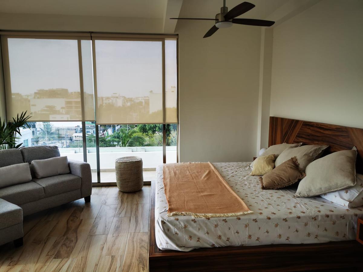 Playa del Carmen Apartment for Sale scene image 18