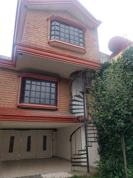Foto Casa en Renta en  Casa Blanca,  Metepec  EN VENTA CASA EN METEPEC, CASA BLANCA