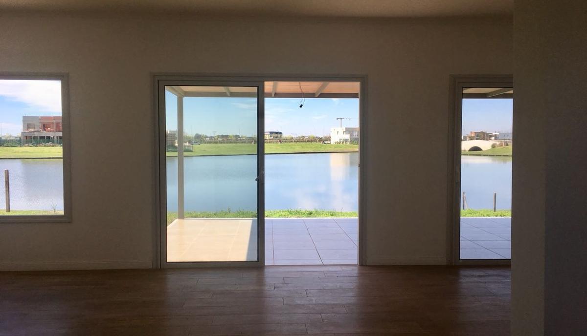 Foto Casa en Venta en  Ceibos,  Puertos del Lago  Ceibos 500
