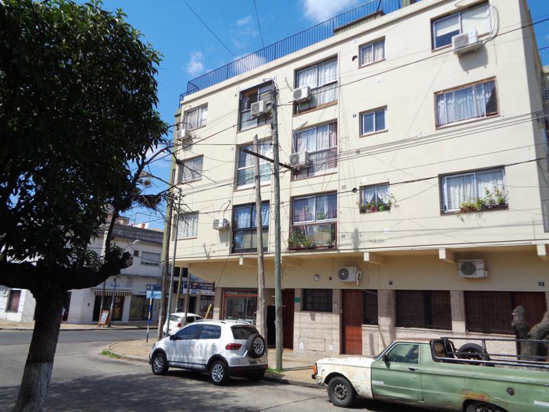 Foto Departamento en Venta en  Villa Ballester,  General San Martin  Villarroel al 5200