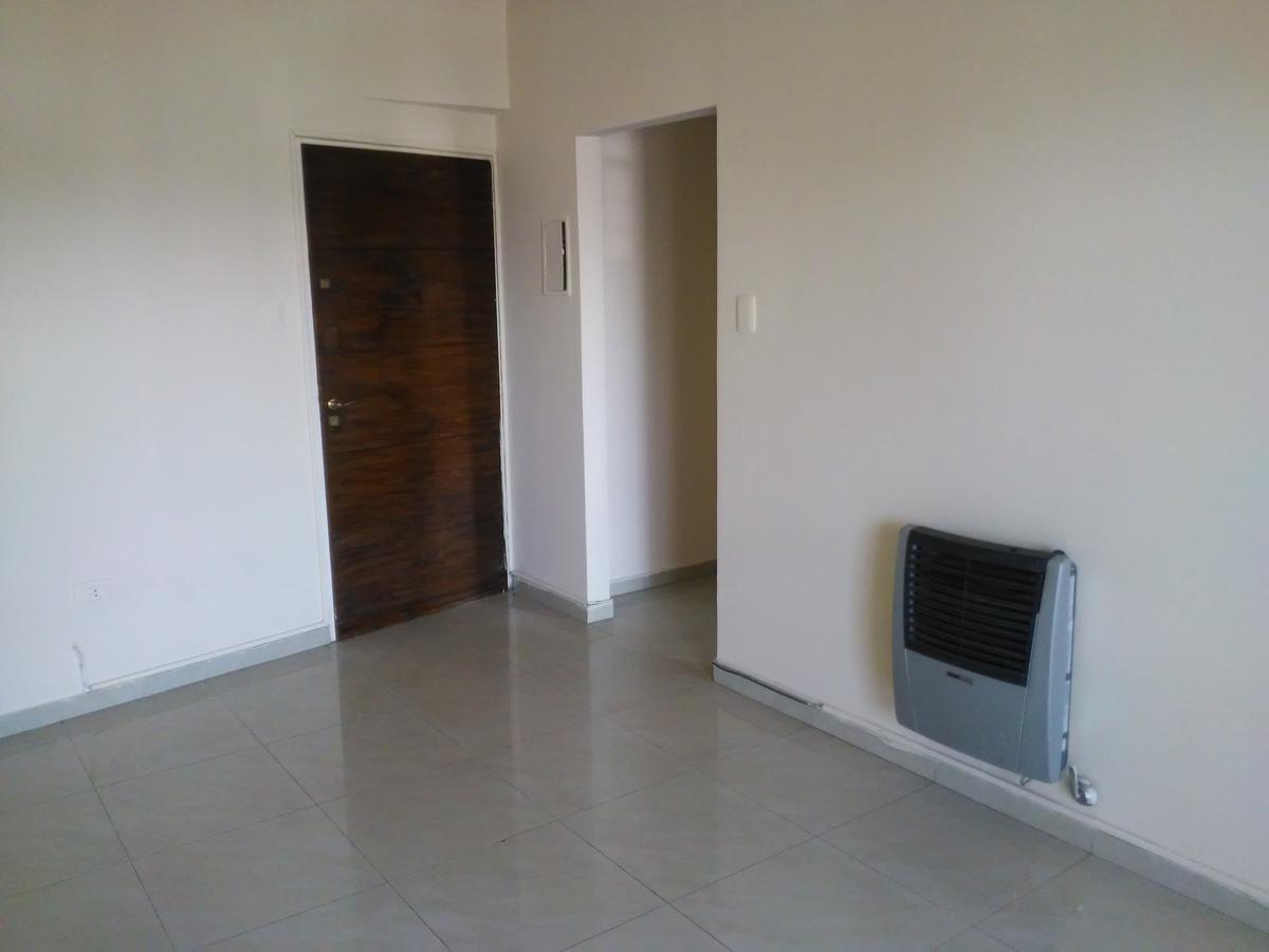Foto Departamento en Venta en  San Miguel De Tucumán,  Capital  Alberdi 100
