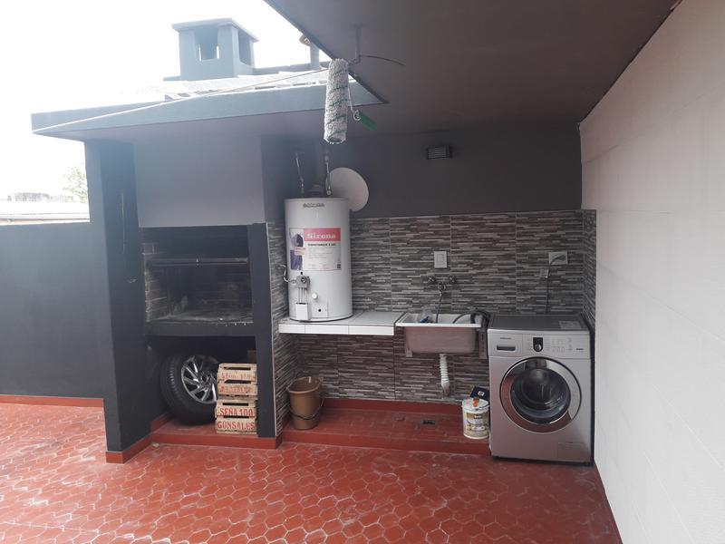 Foto PH en Venta en  Villa Bosch,  Tres De Febrero  Pablo Poggio al 700