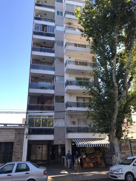 Foto Departamento en Venta en  Rosario ,  Santa Fe  27 De Febrero  2600 01°