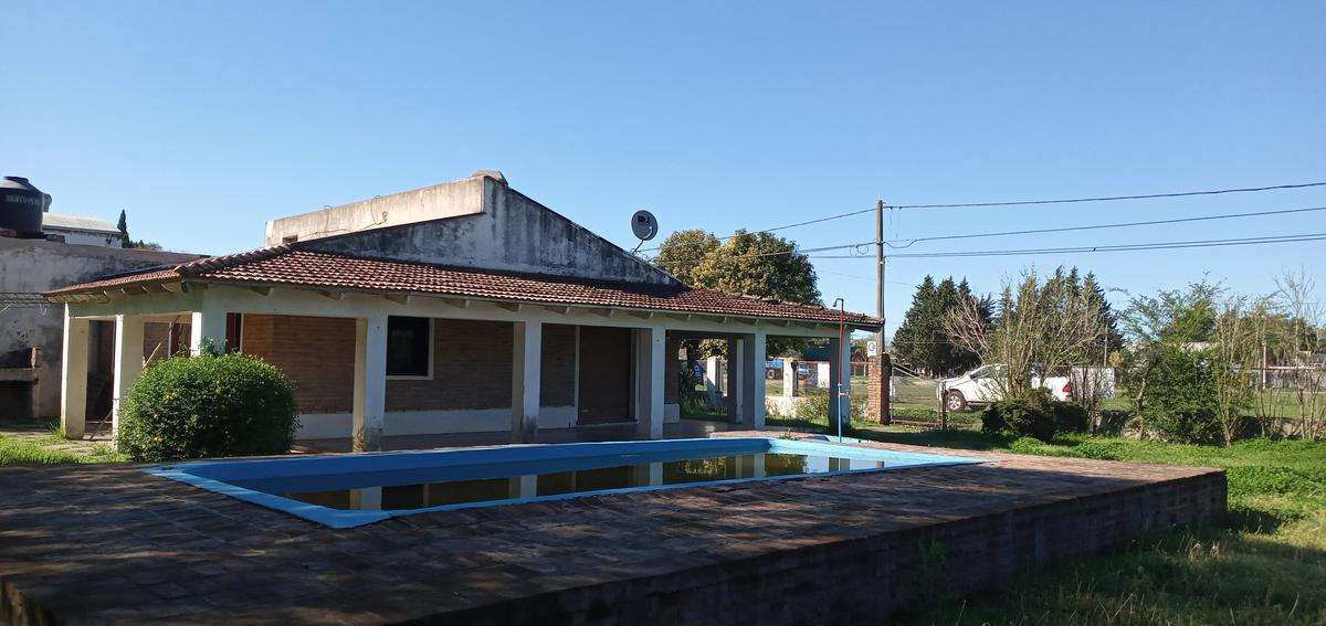 Foto Casa en Alquiler en  Pueblo General Belgrano,  Gualeguaychu  30 de Noviembre N° al 271
