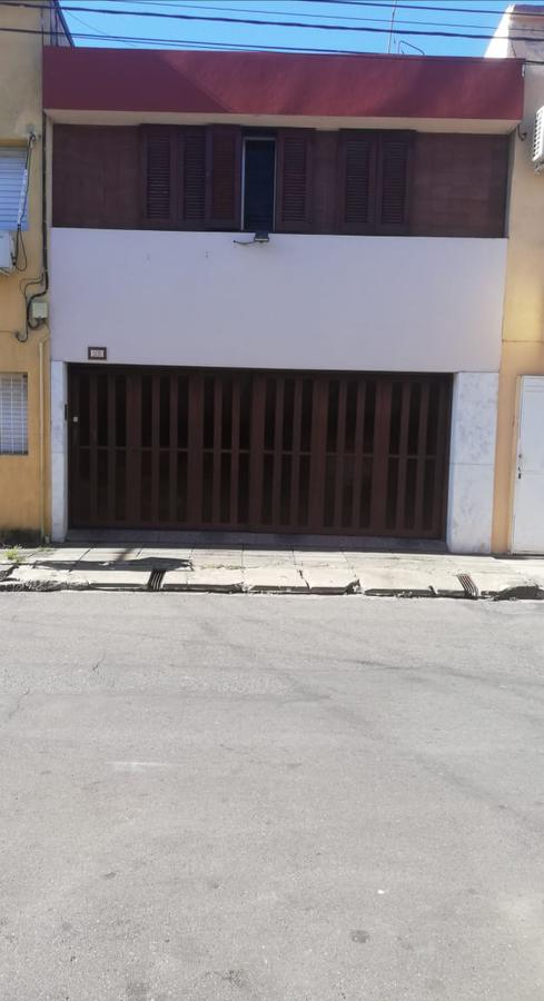 Foto Casa en Venta en  La Capital ,  Santa Fe  4 de enero 1409