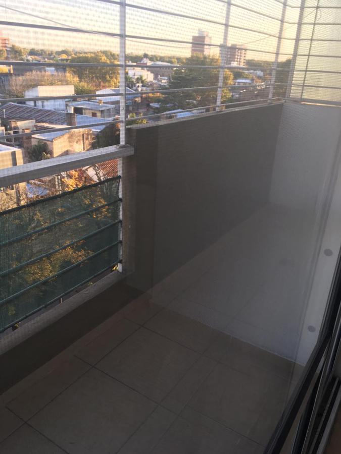 Foto Departamento en Alquiler en  Rosario ,  Santa Fe  SAN JUAN al 4200
