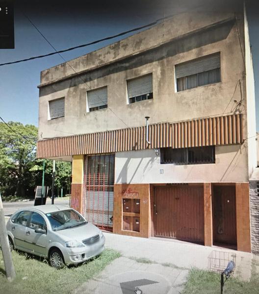 Foto Departamento en Alquiler en  Lomas De Zamora ,  G.B.A. Zona Sur  Chimento Monseñor 602