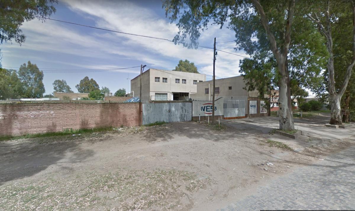 Foto Depósito en Venta en  Bahia Blanca ,  Costa Atlantica  Av Arias al 100