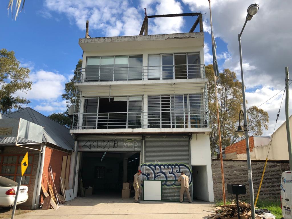 Foto Local en Alquiler en  San Fernando ,  G.B.A. Zona Norte  Colectora Norte 265