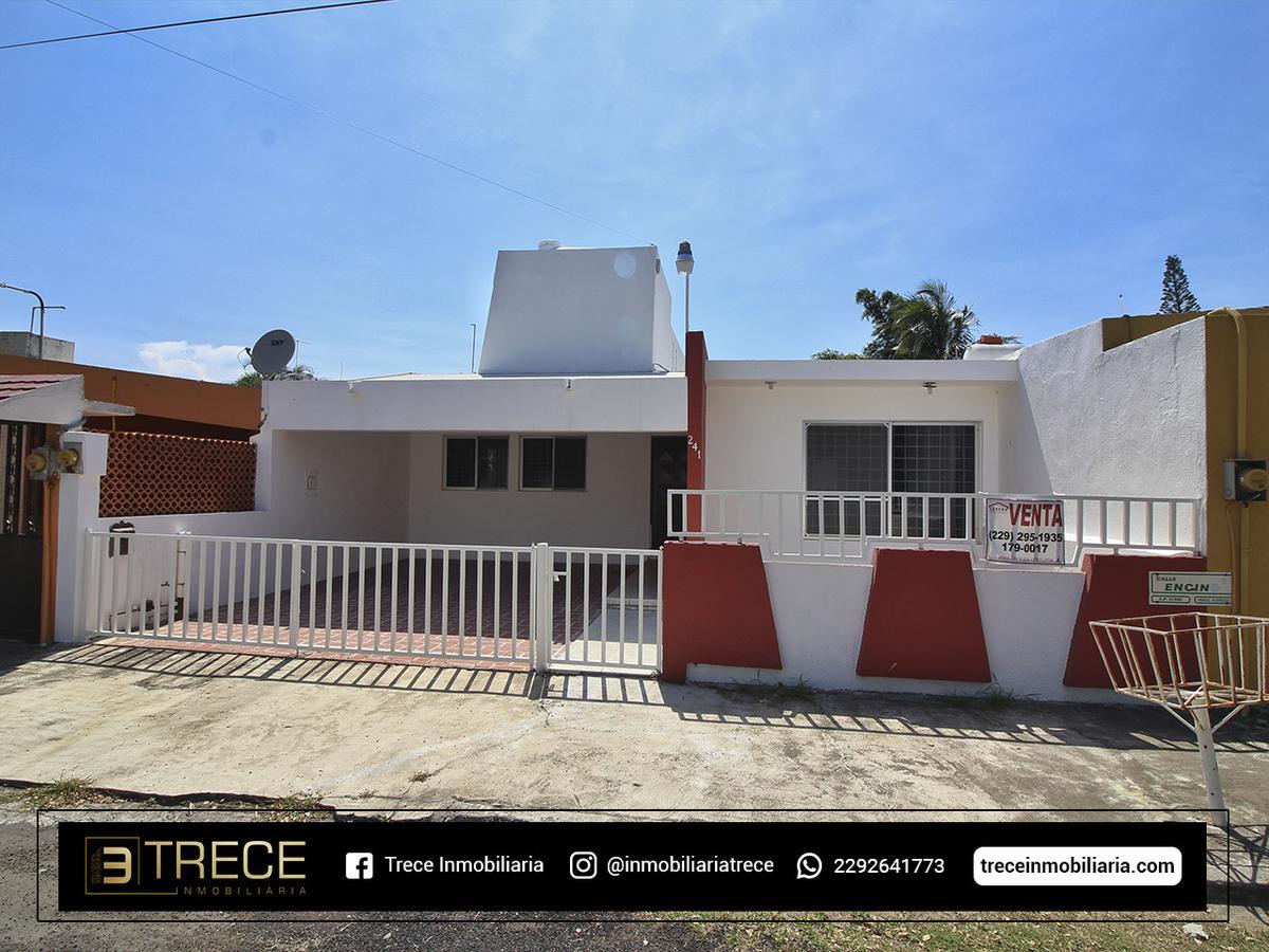 Foto Casa en Venta en  Fraccionamiento Floresta,  Veracruz  Fraccionamiento Floresta
