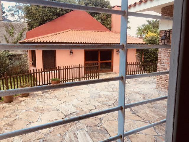 Foto Casa en Alquiler en  Carrasco ,  Montevideo  Carrasco