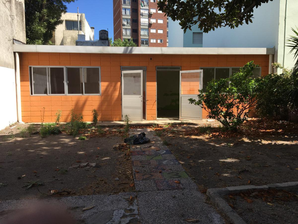 Foto Local en Venta en  La Blanqueada ,  Montevideo  La Blanqueada