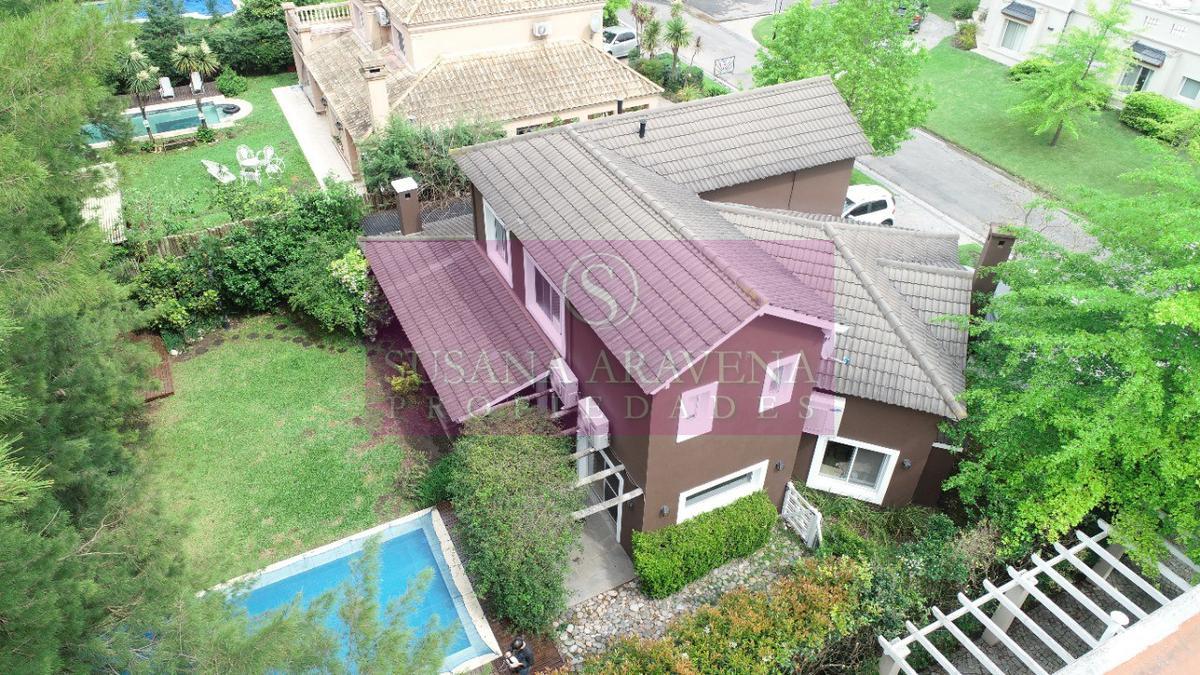 Foto Casa en Venta en  La Caballeriza,  Countries/B.Cerrado (Pilar)  La Caballeriza