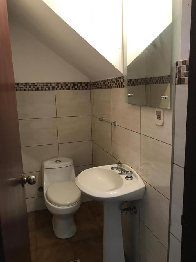 Foto Casa en Alquiler en  Ciudad de la Costa ,  Canelones  CASA EN COMPLEJO CERRADO