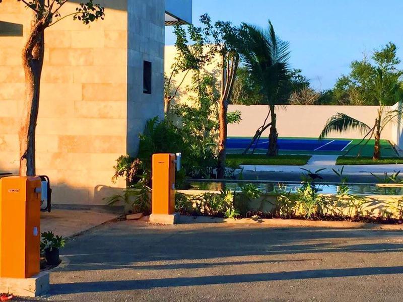 Foto Terreno en Venta en  Pueblo Chablekal,  Mérida  EXCLUSIVOS LOTES RESIDENCIALES EN PRIVADA CHAAC TÚN