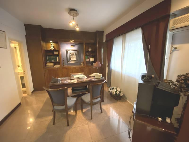 Foto Oficina en Venta en  Recoleta ,  Capital Federal  Las Heras  al 2000