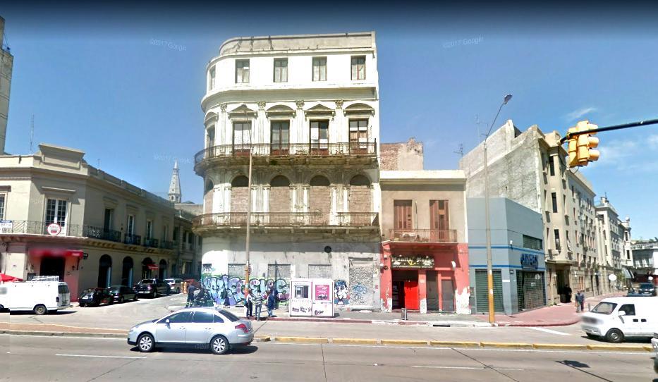 Foto Edificio Comercial en Venta en  Ciudad Vieja ,  Montevideo  Ciudad Vieja