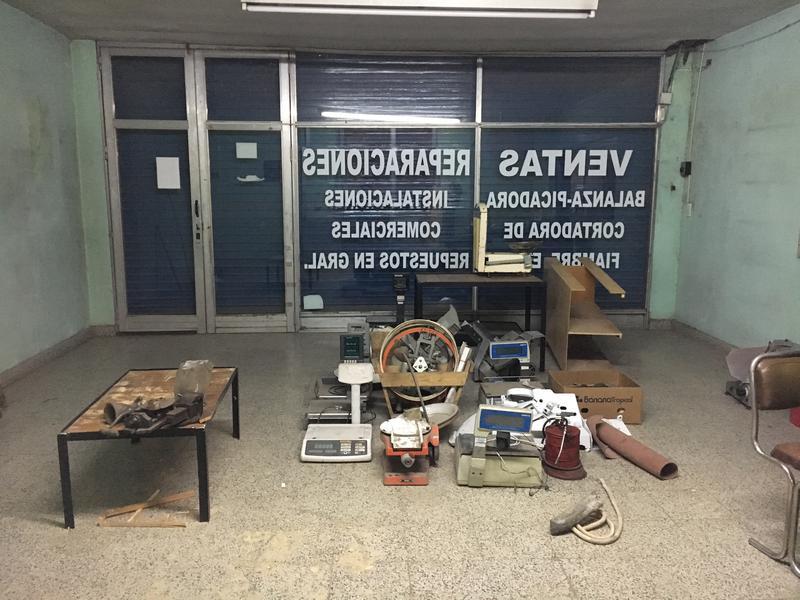 Foto Galpón en Venta en  Belen De Escobar,  Escobar  Galpón sobre Colectora Oeste