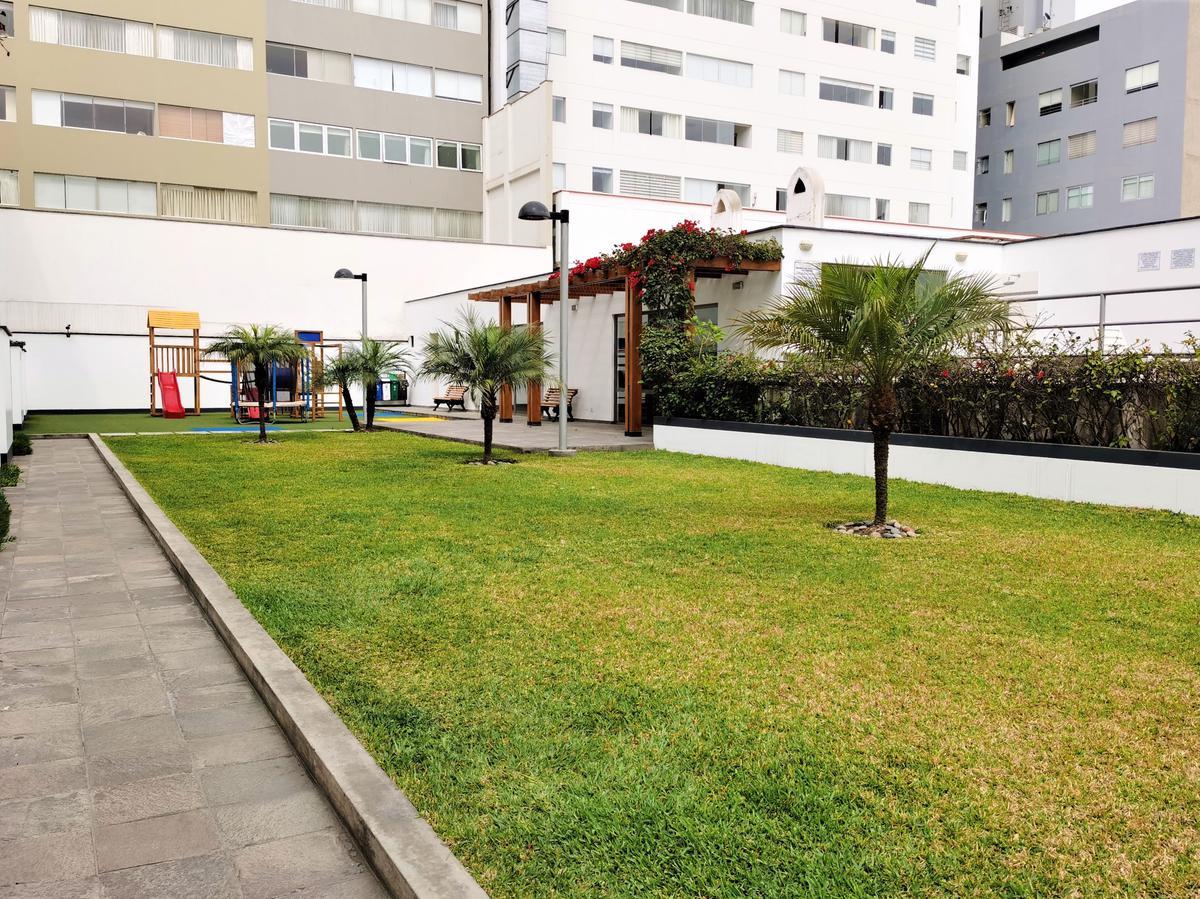 Foto Departamento en Alquiler en  San Isidro,  Lima  Calle Los Robles 248