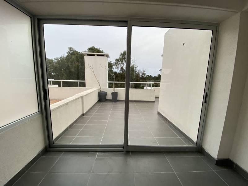 Foto Departamento en Venta | Alquiler en  Rincón del Indio,  Punta del Este  Edificio Altos del Golf - Gabriela Mistral 20100