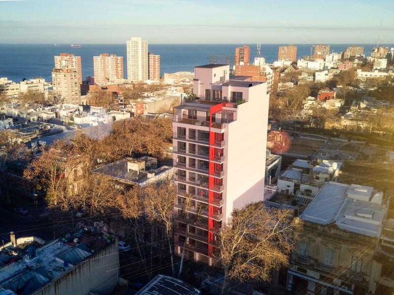 Foto Departamento en Venta en  Centro ,  Montevideo  Lanzamiento a metros Rambla Sur.