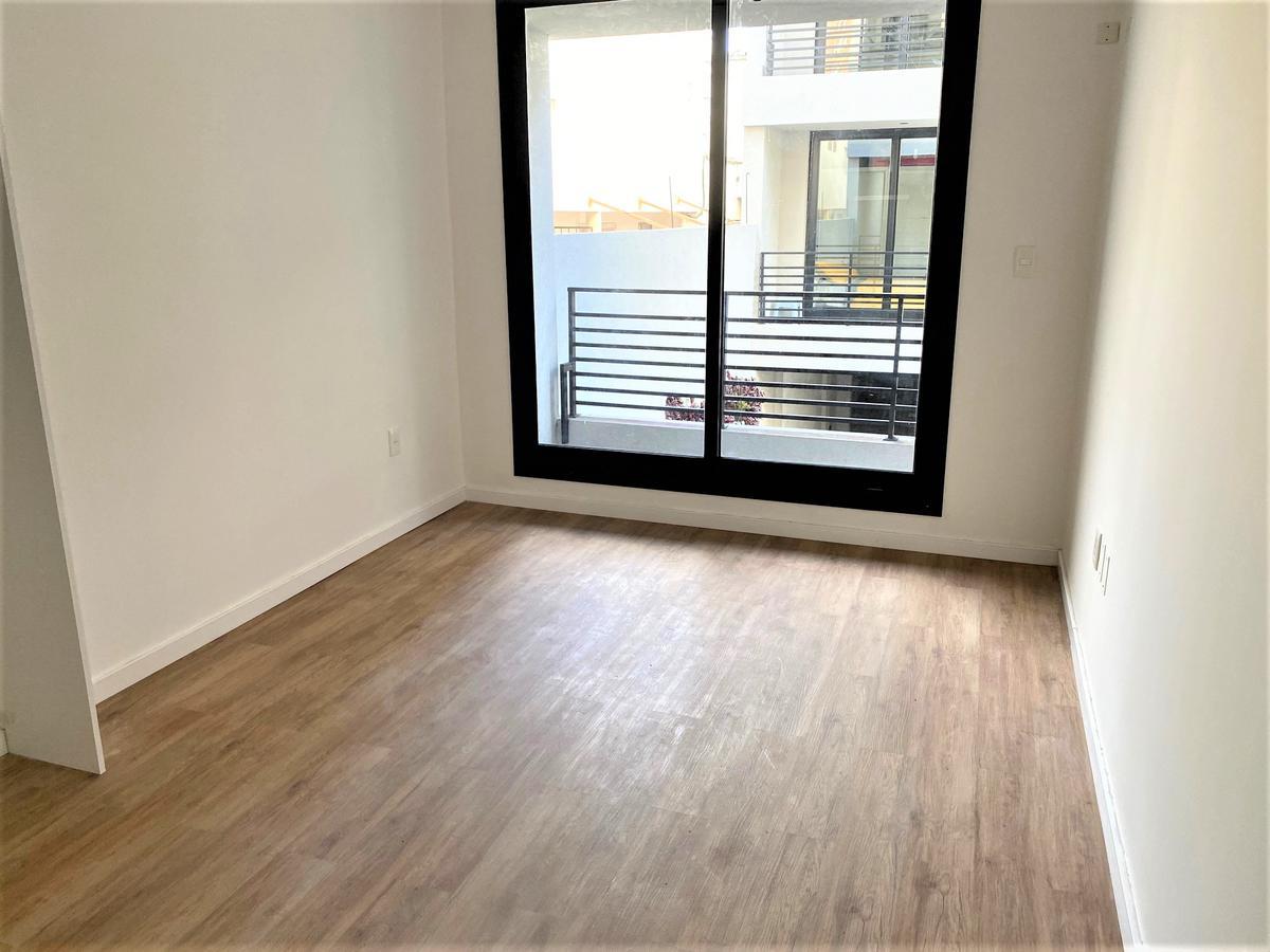 Foto Apartamento en Venta en  Malvín ,  Montevideo  Verdi esq. Santiago de Anca