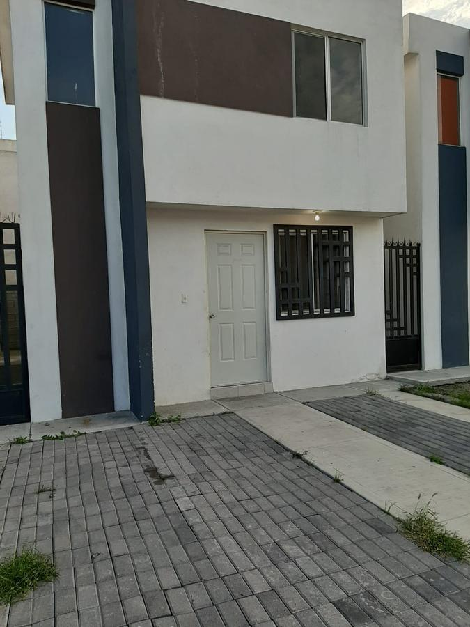 Foto Casa en Renta en  García ,  Nuevo León          Residencial Veranda