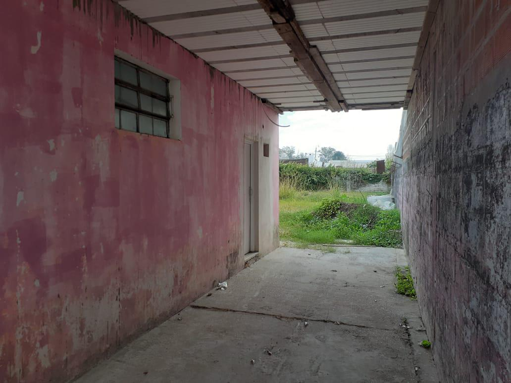 Foto Local en Venta | Alquiler en  Concordia ,  Entre Rios  Tavella al 2300