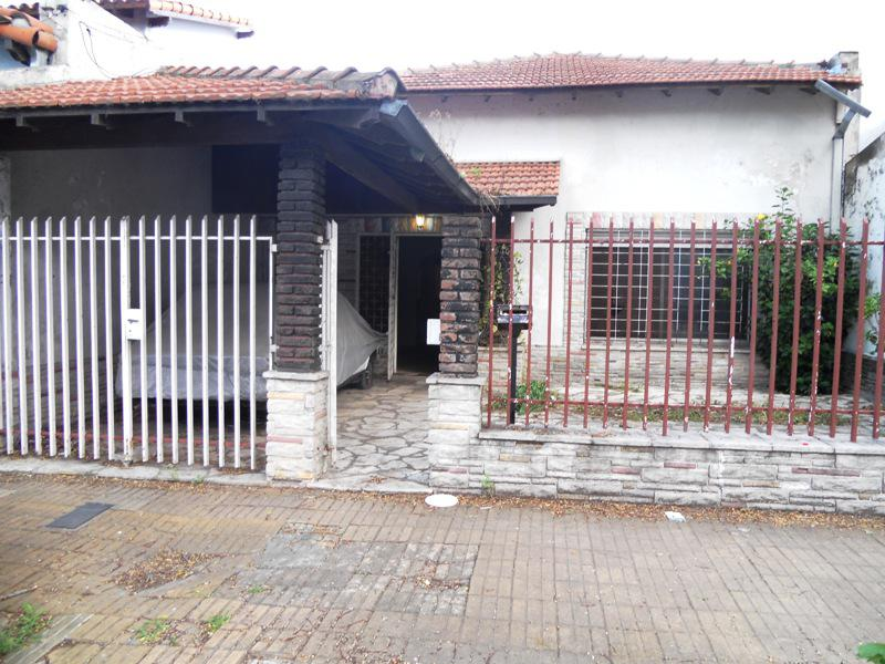 Foto Casa en Venta en  Munro,  Vicente Lopez  Darío, Rubén  al 4500