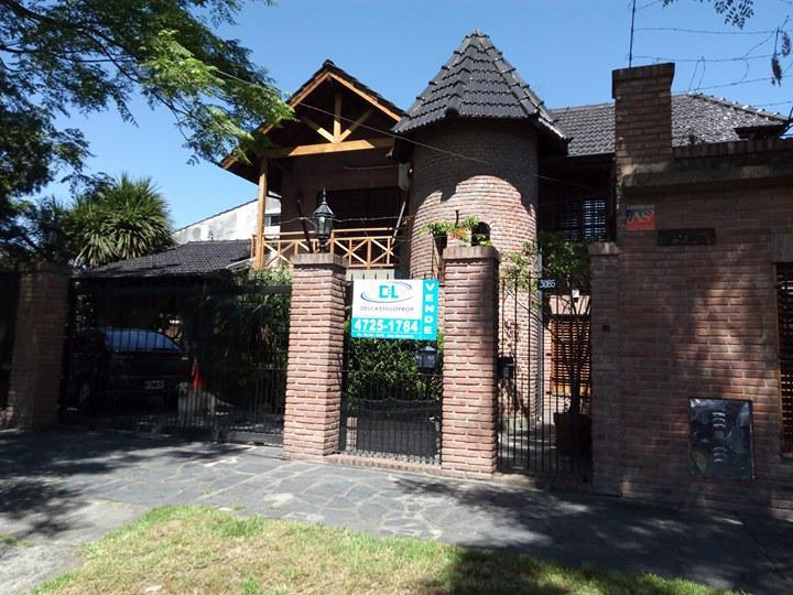 Foto Casa en Venta en  Virreyes,  San Fernando  Suipacha al 3000