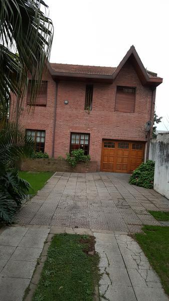 Foto Casa en Venta en  Jose Marmol,  Almirante Brown  BERNARDO DE IRIGOYEN 67 entre Divisoria y C. Bernardi