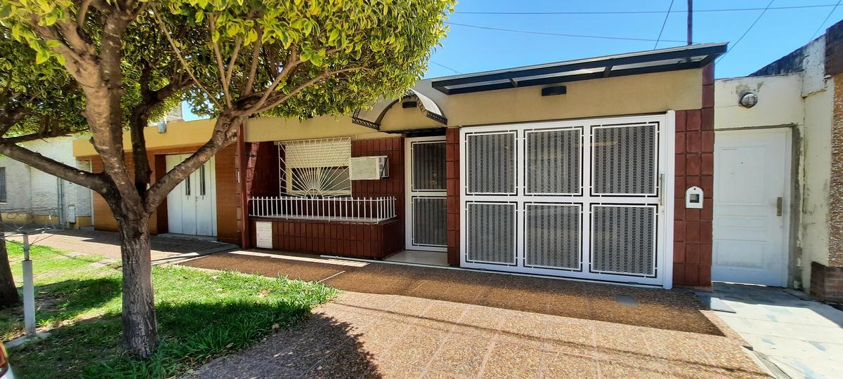 Foto Casa en Venta en  Sargento Cabral,  Santa Fe  MITRE al 5800