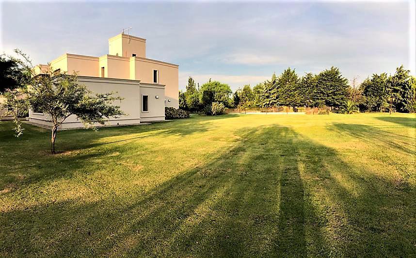 Foto Casa en Venta |  en  Campos del Virrey,  Cordoba  Campos del Virrey