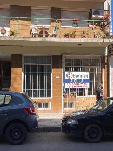 Foto Oficina en Alquiler en  Quilmes,  Quilmes  Alvear 411 quilmes