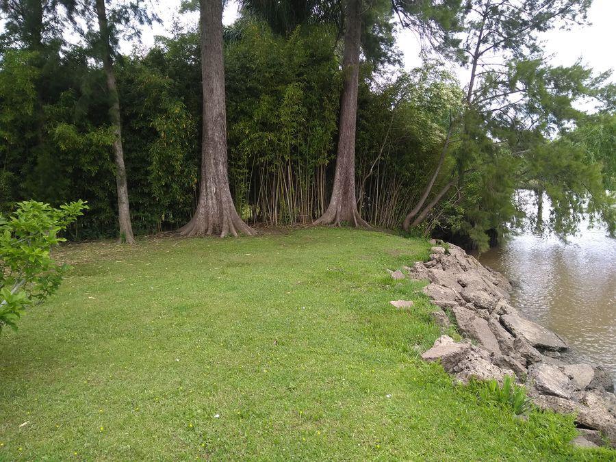 Foto Terreno en Venta en  Capitan,  Zona Delta Tigre  Rio Capitán Hermoso Lote