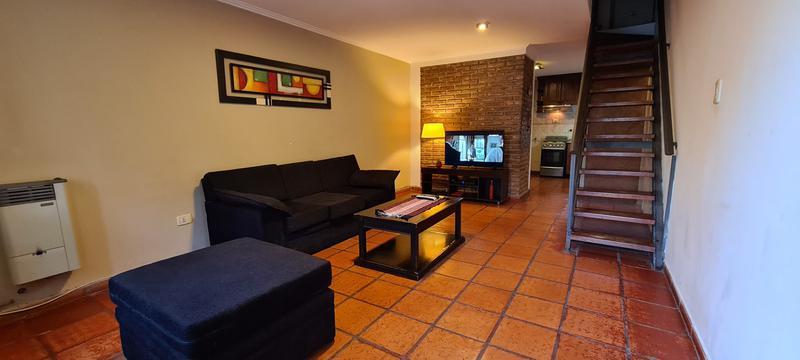 Foto Casa en Alquiler temporario en  Padre Claret,  Cordoba  Duplex amoblado en Bº cerrado - 3 dorm - 2 baños - cochera - zona Cerro/Sanat Allende!