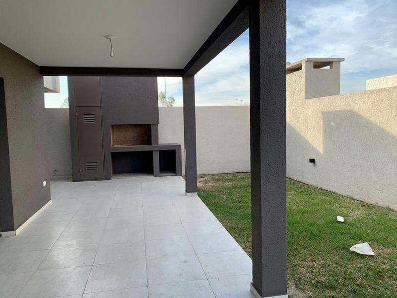 Foto Casa en Venta en  Manatiales,  Countries/B.Cerrado (Cordoba)  San Ignacio Village- Manantiales DUPLEX