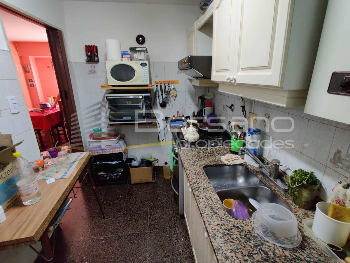Foto Departamento en Venta en  Santos Lugares,  Tres De Febrero  Lage 1279