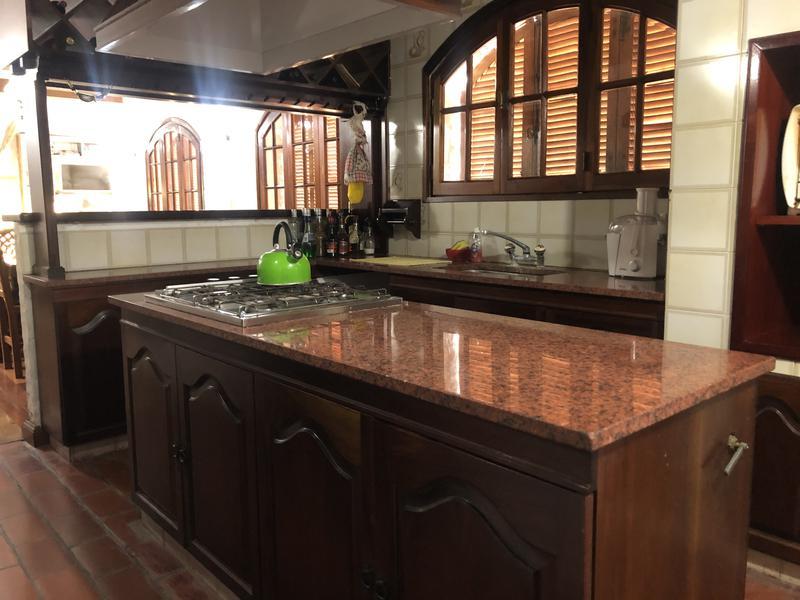 Foto Casa en Venta en  Los Cardales,  Exaltacion De La Cruz  Av. Pavon Cardales