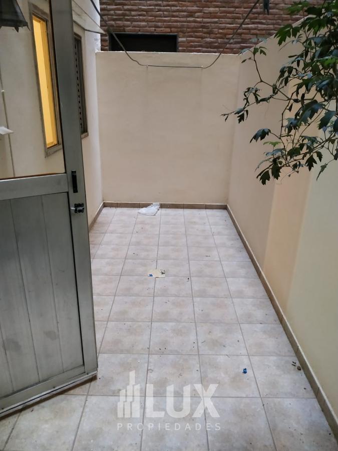 Departamento alquiler dos dormitorios con patio - Abasto