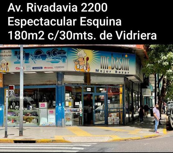 Foto Local en Alquiler en  Once ,  Capital Federal  AV. RIVADAVIA al 2000