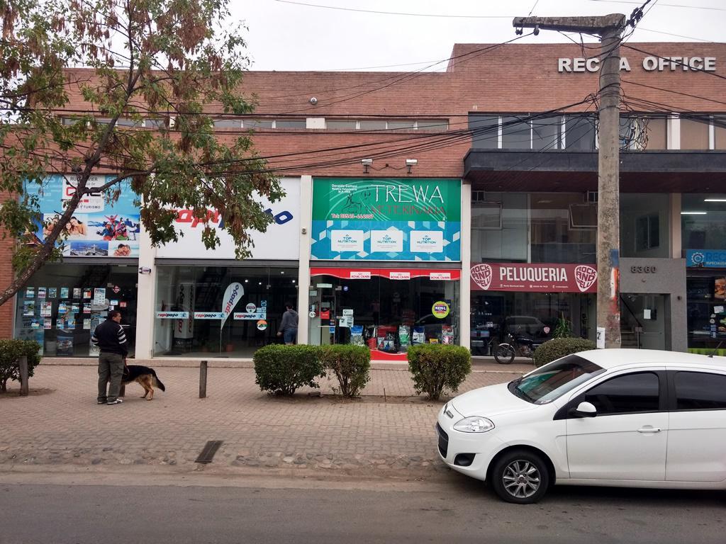 Foto Local en Venta en  Arguello,  Cordoba Capital  Recta Martinolli al 8300