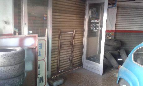 Foto Local en Venta | Alquiler en  Piñeyro,  Avellaneda  CABILDO 1800