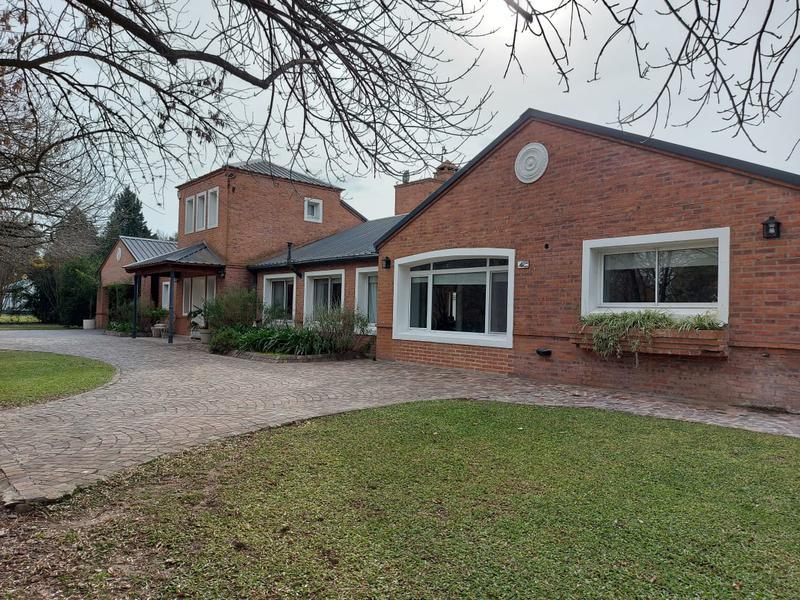 Foto Casa en Venta en  Chacras Open Door,  Countries/B.Cerrado (Lujan)   Casa en venta, excelente propiedad , Chacras de Open Door